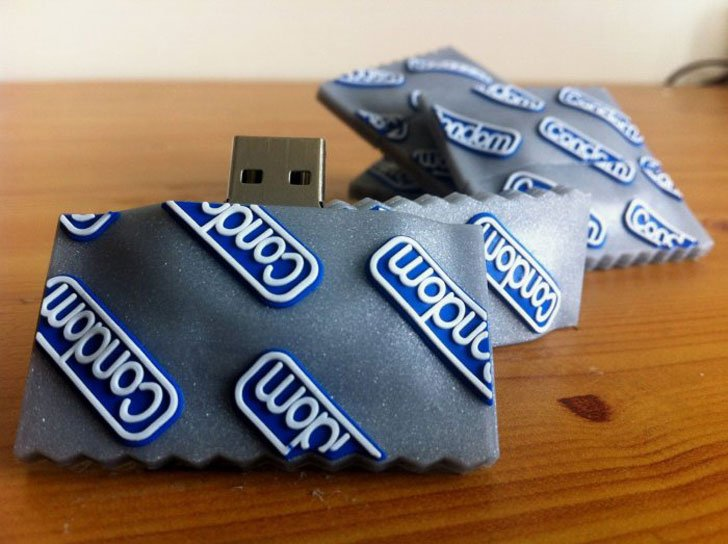 55 of the coolest usb drives unique flash drives ever. Black Bedroom Furniture Sets. Home Design Ideas