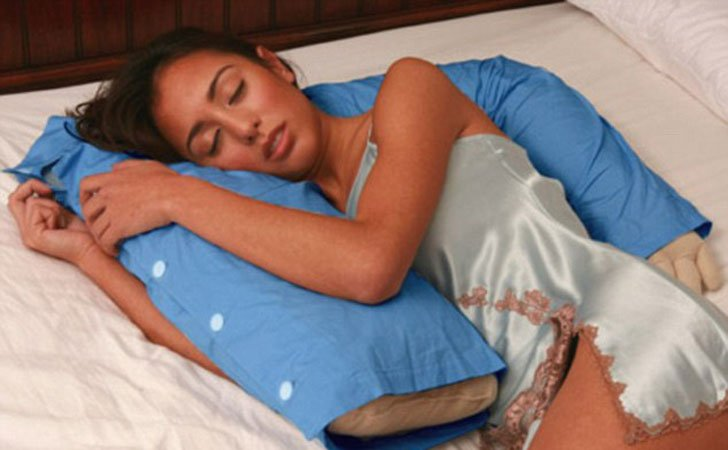 boyfriend arm pillow