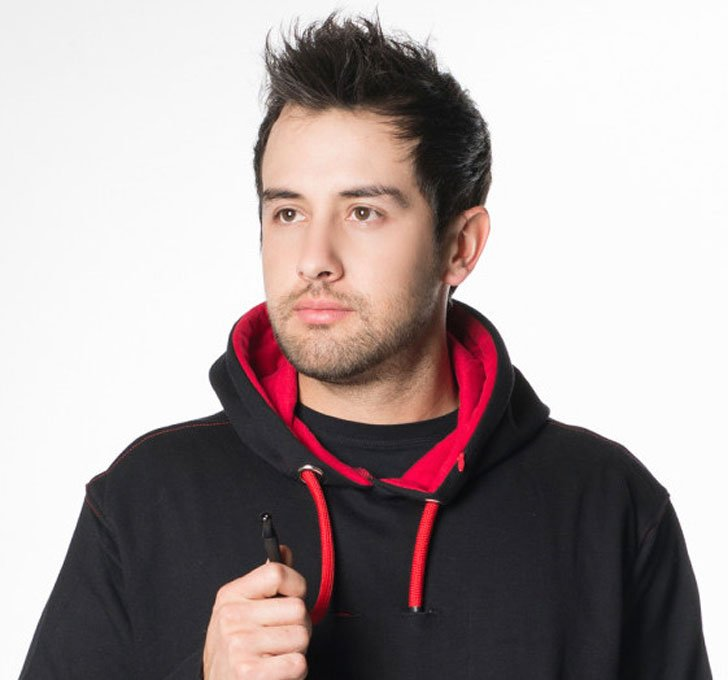 vaporizer hoodie black and red