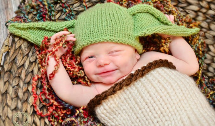 baby-yoda-costume-