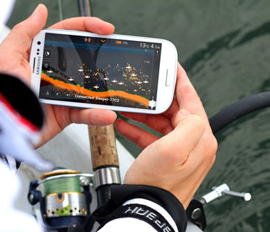 smartphone-fish-finder-attachment