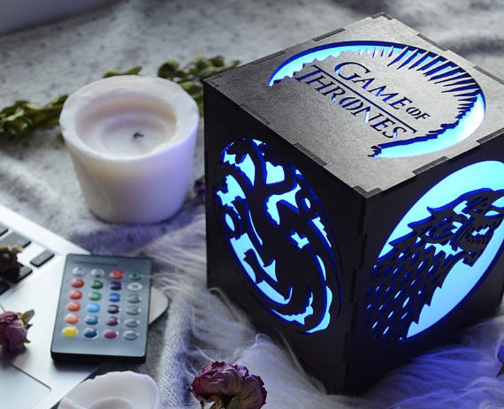 10 Game of Thrones LED Lamp