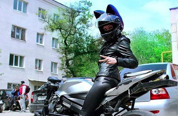 Cat-Ears-Motorbike-Helmet4