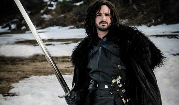 Jon Snow Cloak - Cool Game Of Thrones Gift Ideas