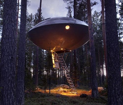 The UFO Cabin