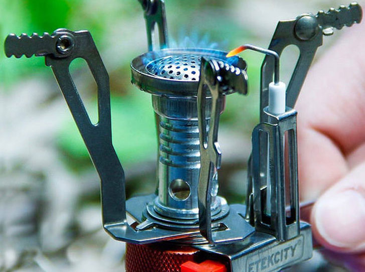 The Ultra Portable Camp Stove