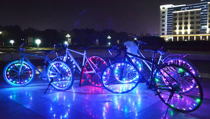 LED-Bicycle-Wheel-Light