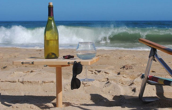 Mini-Portable-Beach-Table2