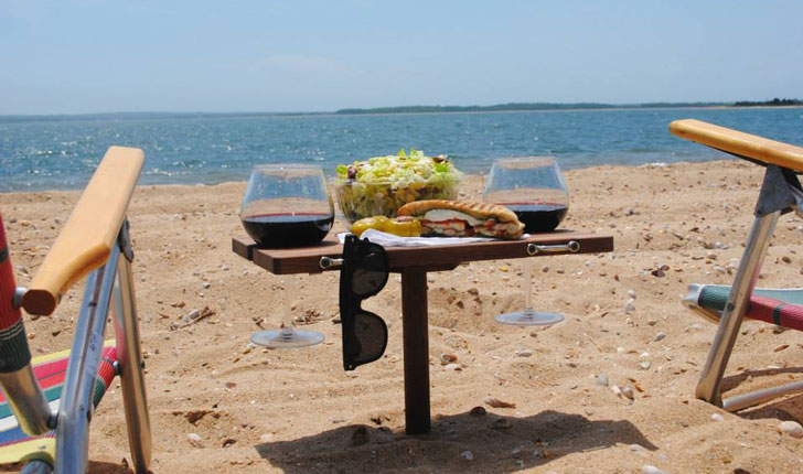 Etonnant Mini Portable Beach Table