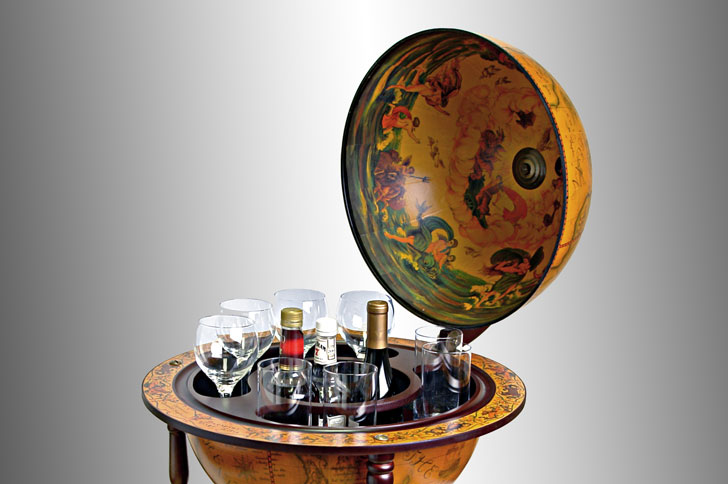 16th Century World Globe Bar