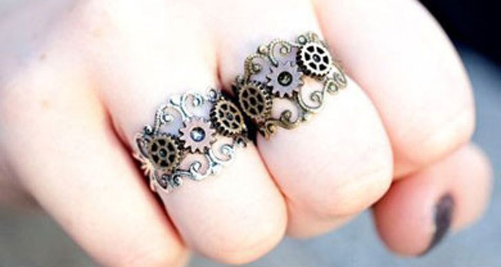 Cog & Gears Steampunk Rings - Steampunk Gifts For Her