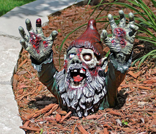 Zombie Garden Gnomes - Awesome Stuff 365
