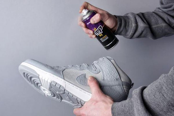 Hydrophobic Protective Shoe Spray