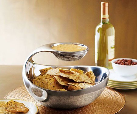 Scoop-Chip-and-Dip-Bowl-1