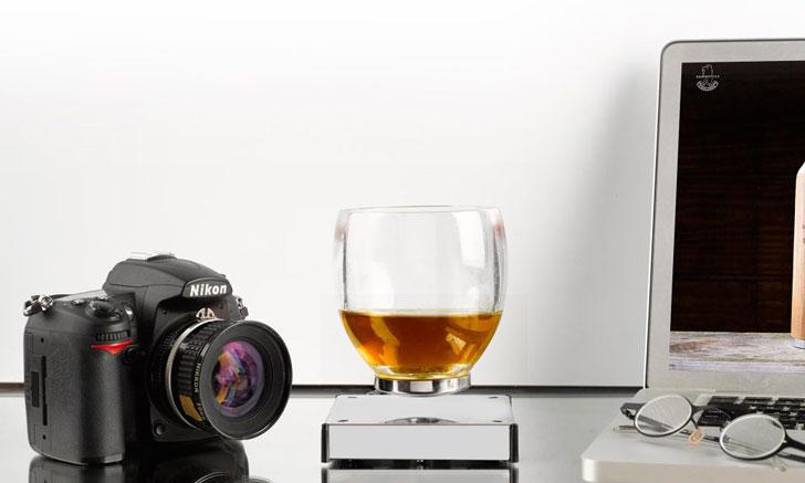 Levitating Cocktail Glass