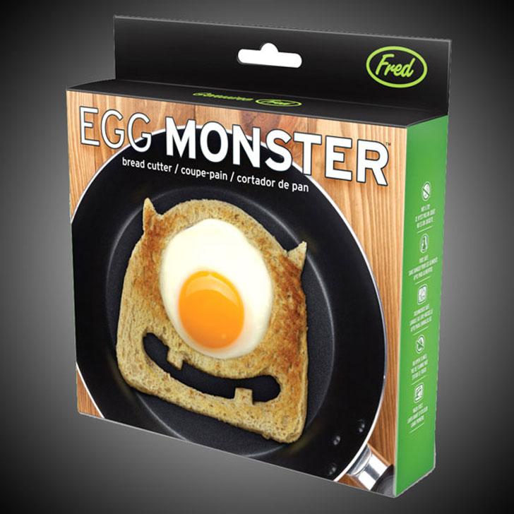Monster-Toast-Cutter-1.jpg
