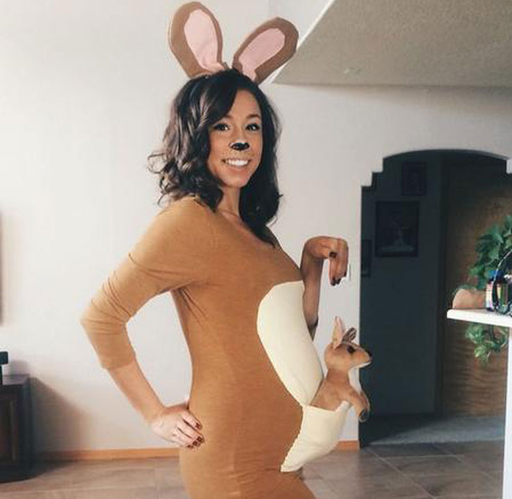DIY Kangaroo Pregnancy Costume