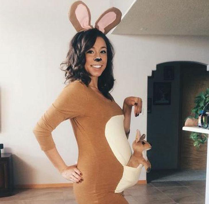 DIY Kangaroo Pregnancy Costume