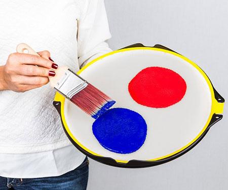 Anti-Gravity Paint Tray