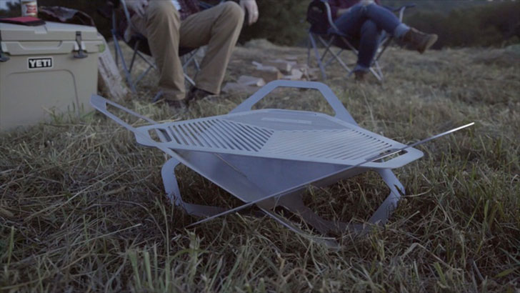 Portable Flat-Pack Fire Pit & Grill