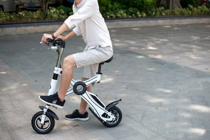 The Foldable Electric X1 Bike