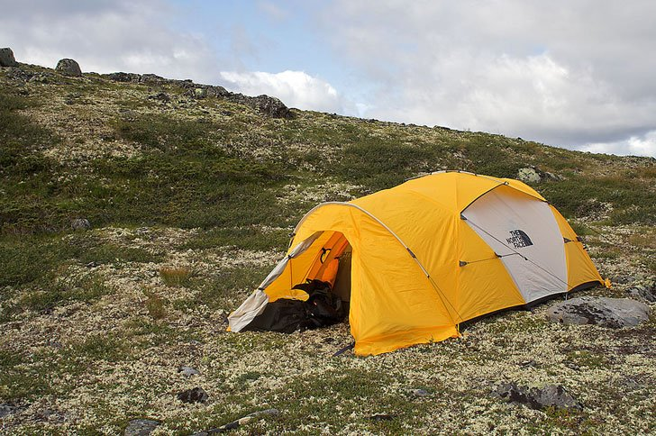 The North face Mountain Tent