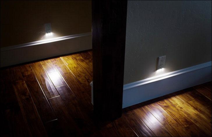 Power Outlet Night Light Sensor