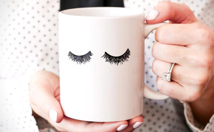 Eyelashes Mug