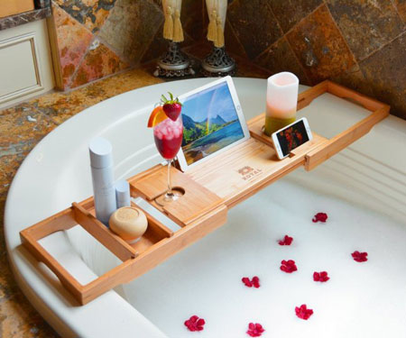 Luxury Wooden Bathtub Caddy