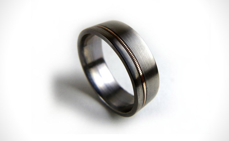 The Guitar String Ring