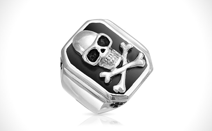 The Jolly Roger Pirate Ring