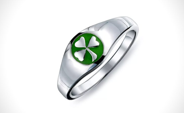 The Lucky Shamrock Ring