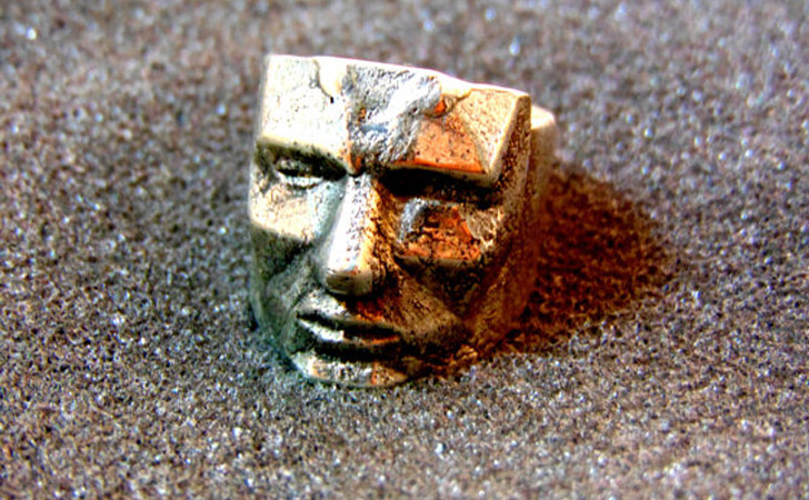 The Polygon Face Ring