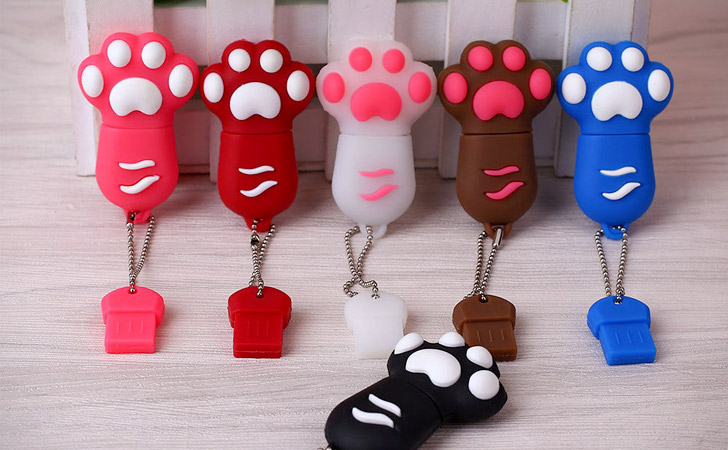 Cute Cats Paw USB