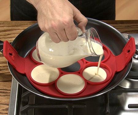 Flippin' Fantastic Nonstick Pancake maker