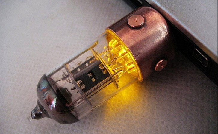 Light-Up Steampunk USB Drive