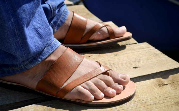 Minimalist Men's Greek Leather Sandals
