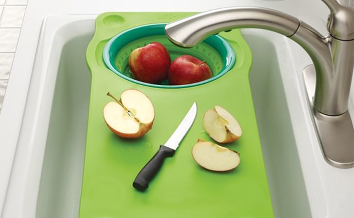 Over Sink Cutting Board With Collapsible Colander