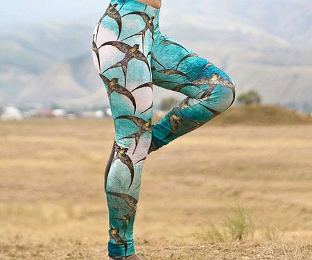 Printed Swallows Yoga Pants Leggings