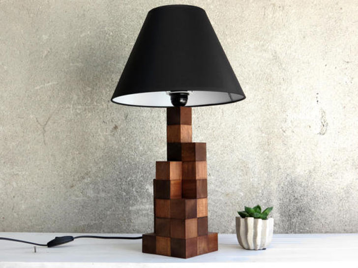 The Kubec Desk Lamp