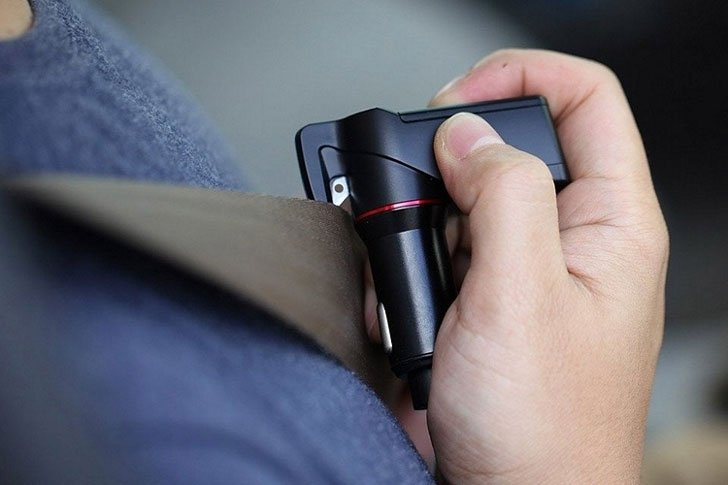 USB Car Charger Emergency Tool