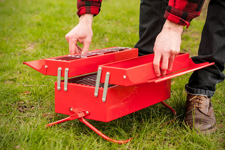 BBQ Toolbox: Portable Grill Station