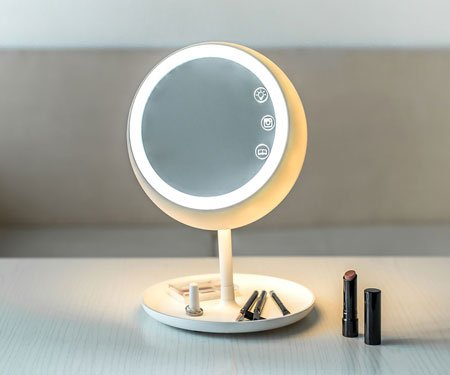 Juno: Smart Lighting Makeup Mirror