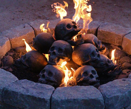 Myard Skull Fireplace Logs