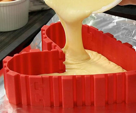 Bake Snake DIY Cake Mold