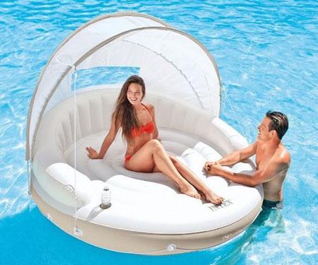 Canopy Island Floating Pool Lounge
