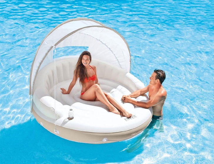 Canopy Island Floating Pool Lounge