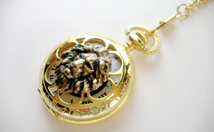 Lionhead Mechanical Wind Up With Chain Pocket Watch