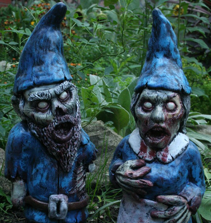 Scary Garden Gnomes - Awesome Stuff 365