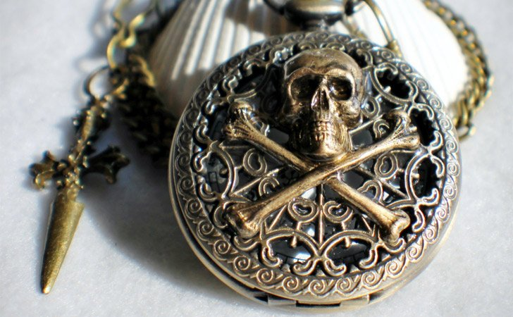 Skull And Cross Bones Pocket Watch